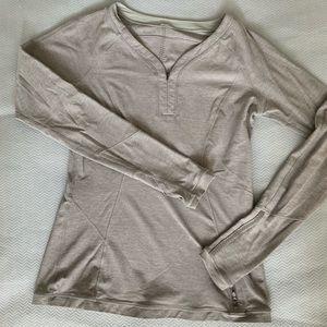Lululemon sz 8 Grey Warm Down Shirt - Beautiful